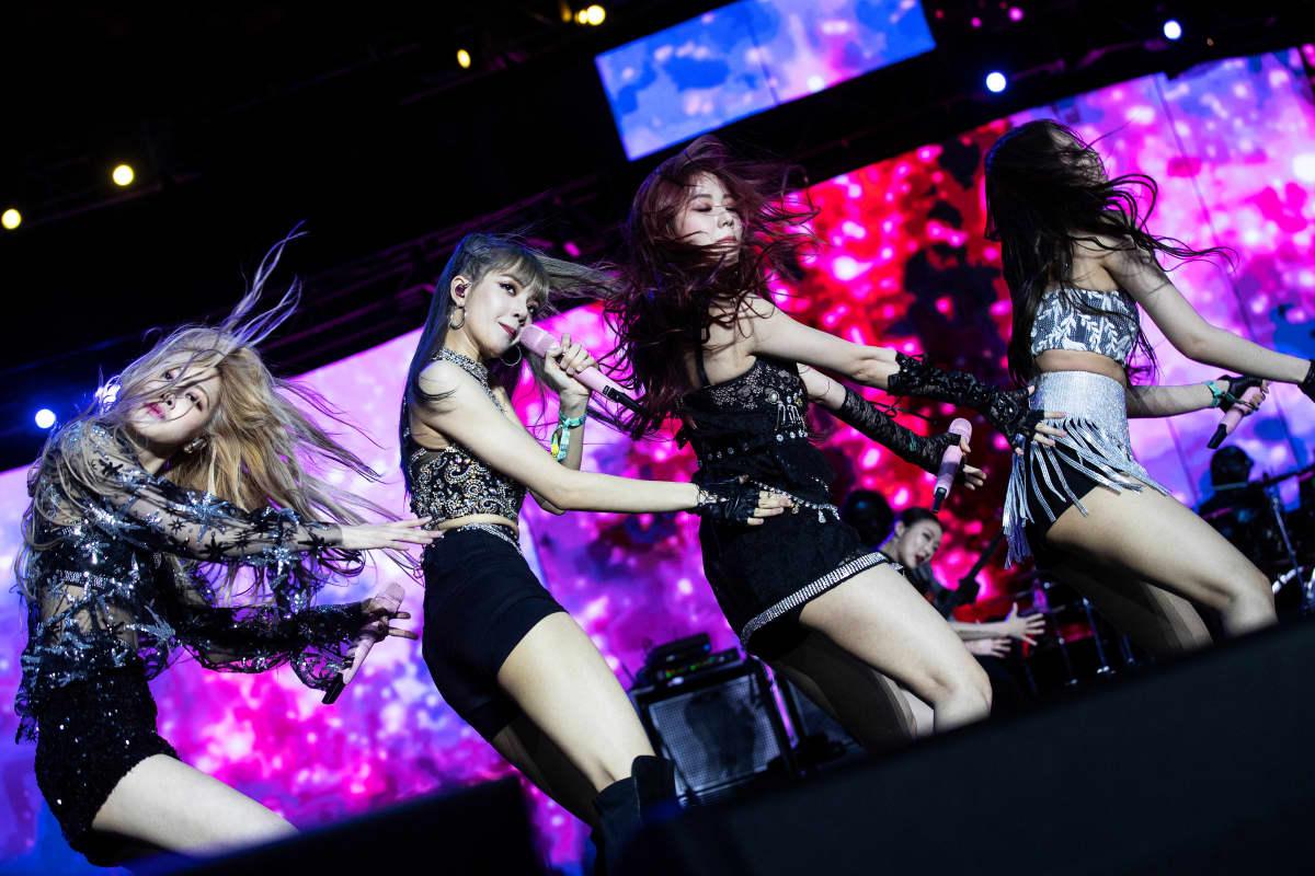 K-pop-yhtye Blackpink Coachella-festivaaleilla Kaliforniassa Yhdysvalloissa
