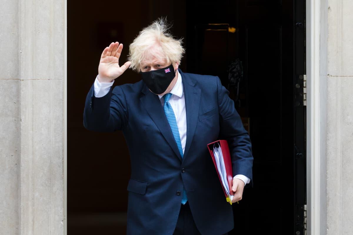 Pääministeri Boris Johnsonin kanslia kiistää Cummingsin väitteet.