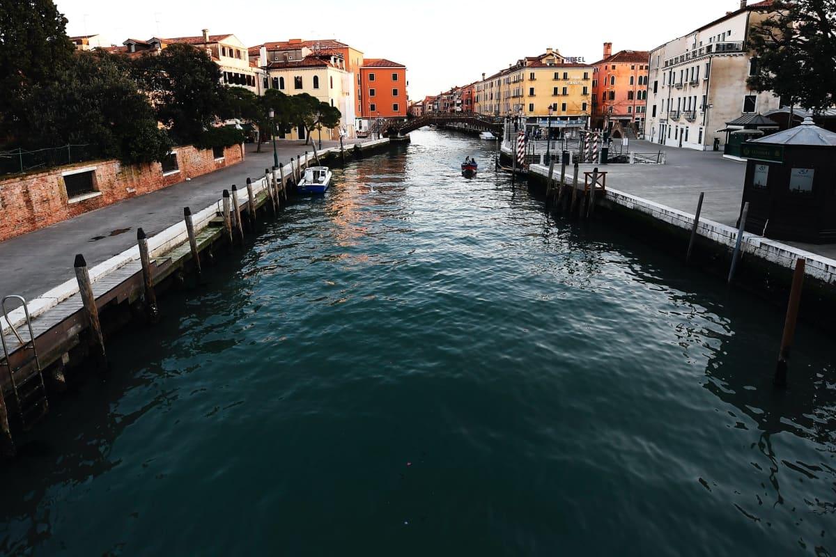 Venetsian tyhjentyneet kanaalit 8.3.2020