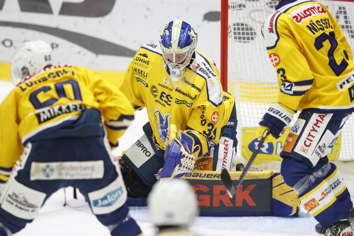 Oskari Salmisen huippuotteet sen kun jatkuvat SM-liigassa.