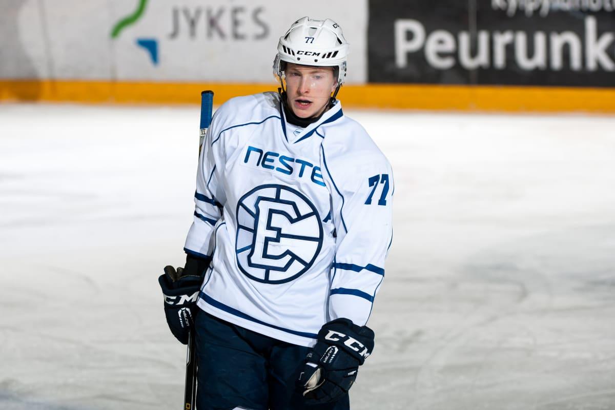 Mestiksen jääkiekkopeli Jyväskylässä JYP-Akatemia vs Espoo United