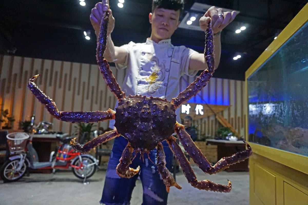 Rapu kalaravintolassa Dongguanissa Kiinassa marraskuussa 2015.