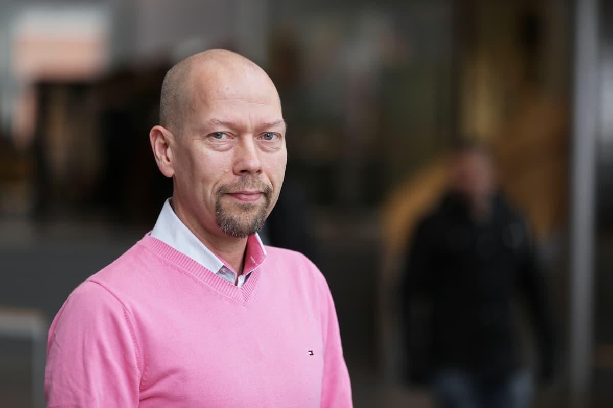 Erikoistutkija Tapio Karvonen Turun yliopistosta.