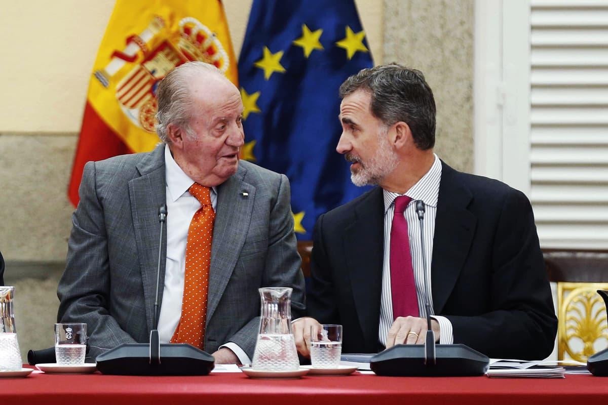 Kuvassa ovat Juan Carlos ja Felipe toukokuussa 2019.