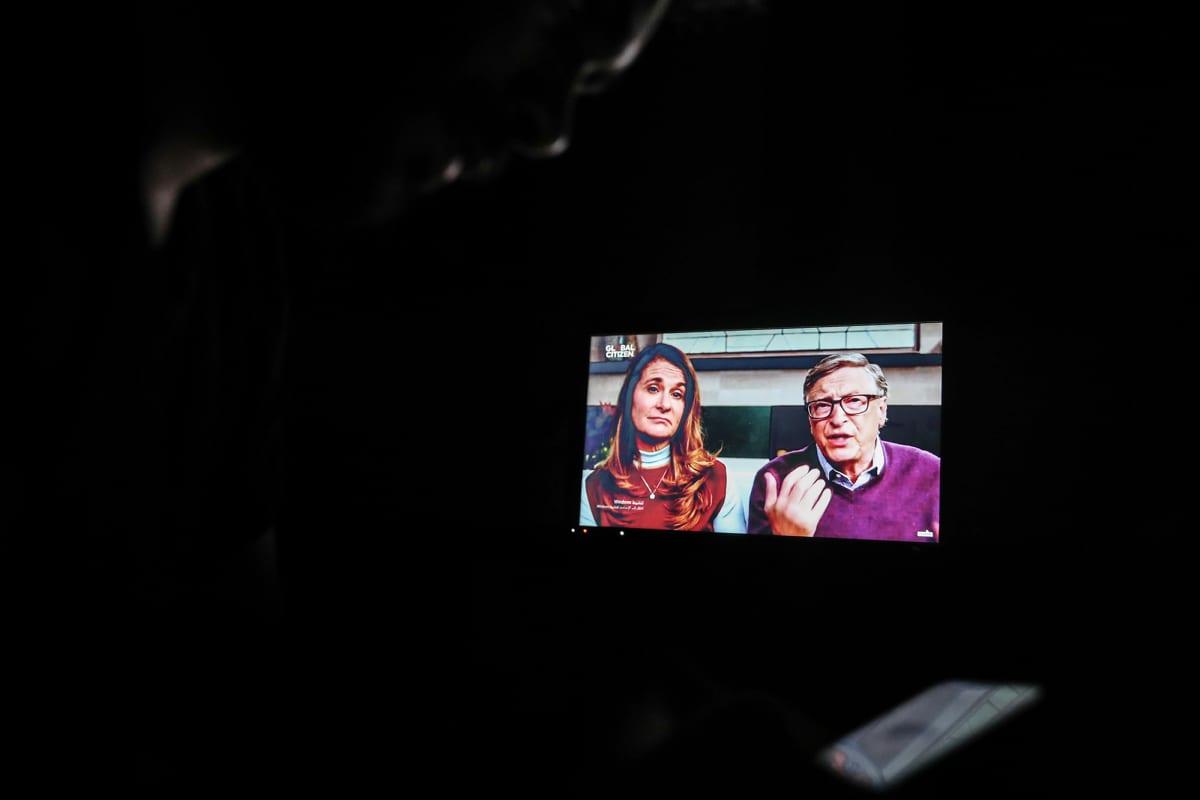 Kuvassa ovat Bill ja Melinda Gates, jotka osallistuivat One World: Together At Home -ohjelmaan.