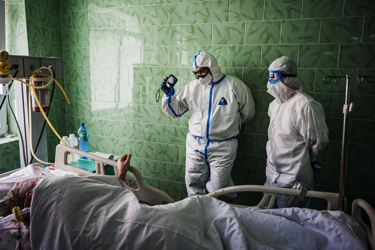 Kuvassa on venäläinen sairaala, jossa hoidetaan koronaviruspotilaita.