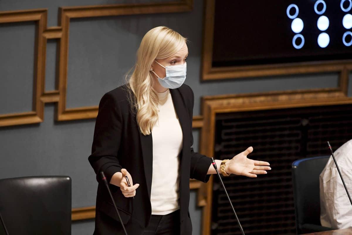 Maria Ohisalo eduskunnan kyselytunnilla Helsingissä.