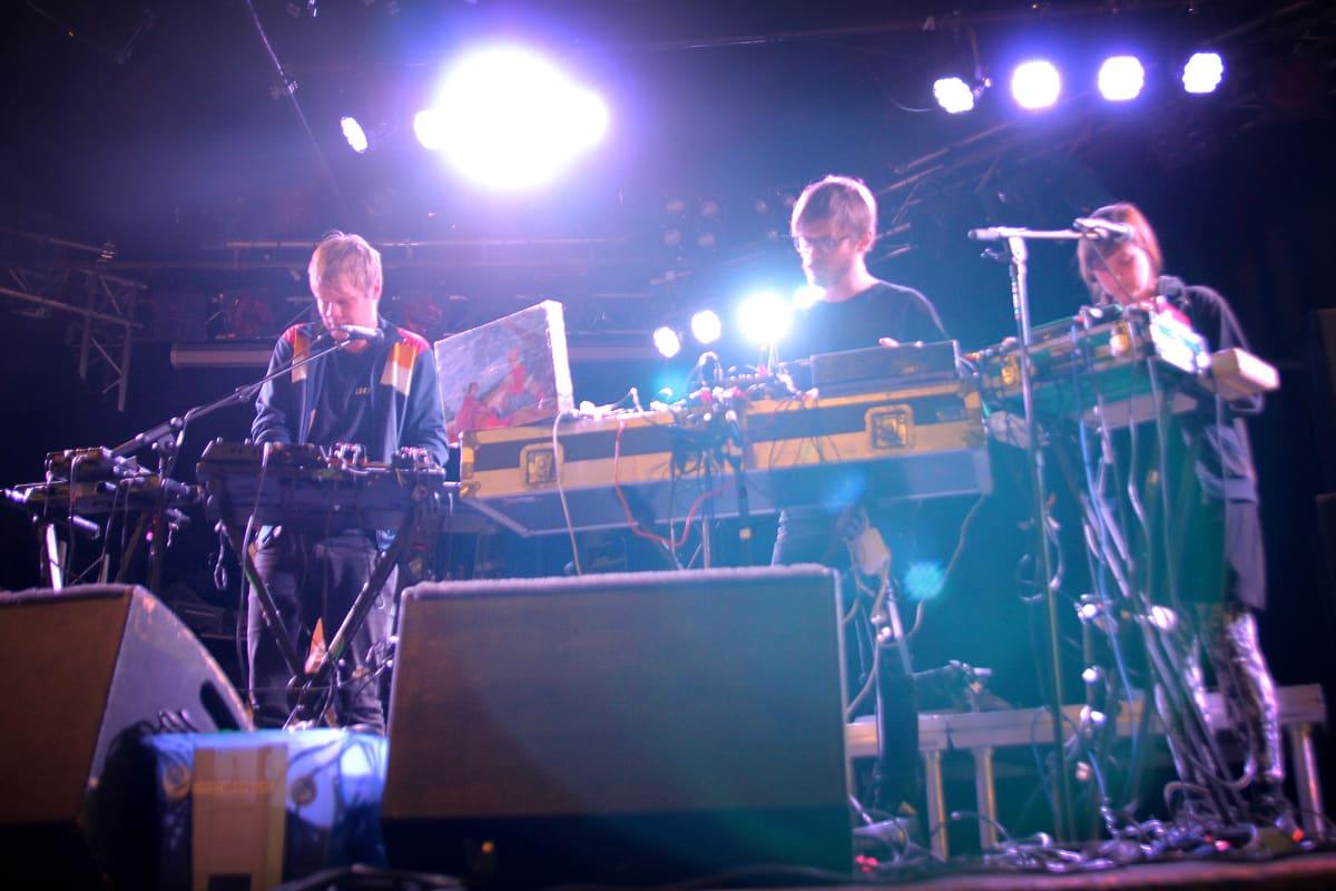 Hisser tekemässä soundchekiä Los In Music -tapahtumassa Tampereella