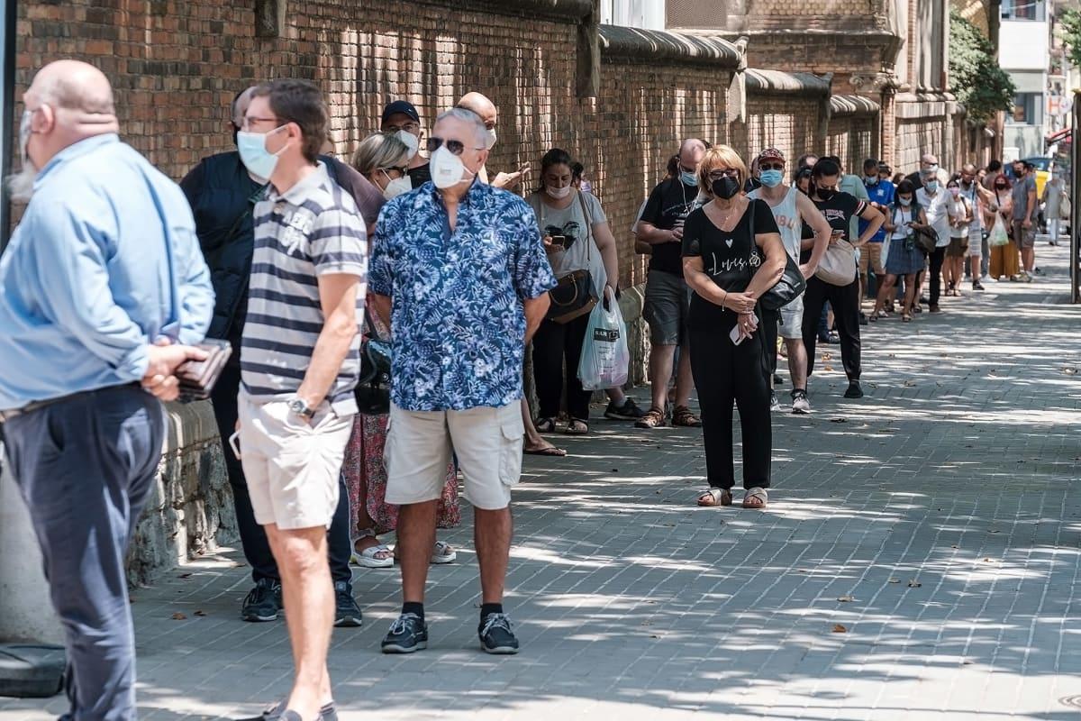 Rokotejono kiertää korttelin ympäri Barcelonassa.