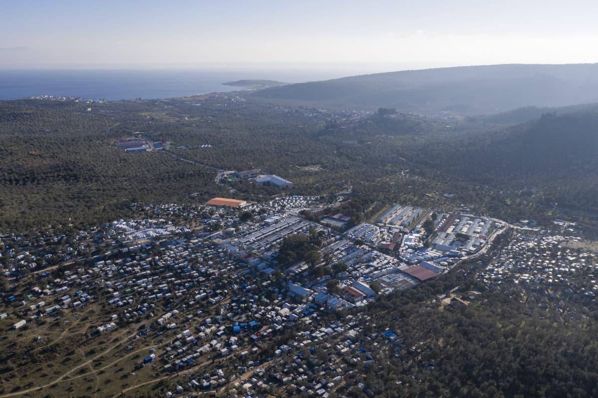 Morian leiri Lesboksen saarella Kreikassa. Leiri on mitoitettu parille tuhannelle hengelle, mutta siellä asuu nykyisin jopa 20 000 ihmistä.