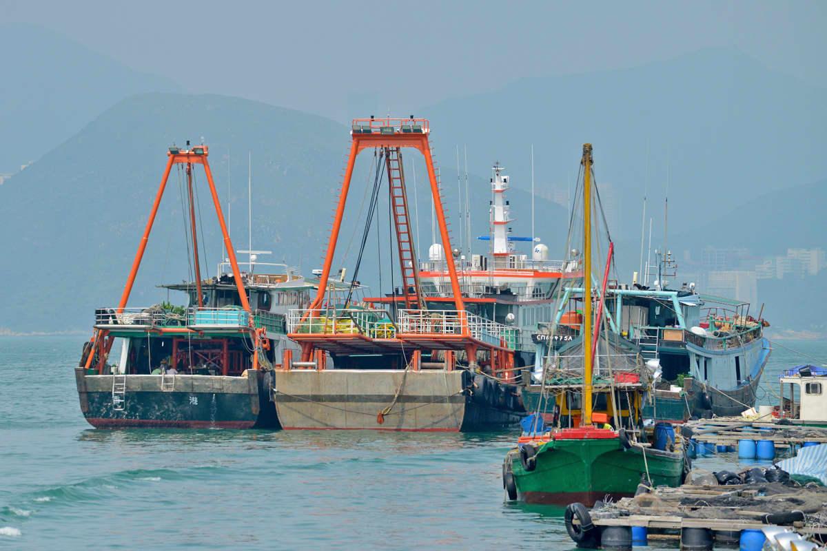 Kalastuslaivoja Hongkongissa syyskuussa 2016.