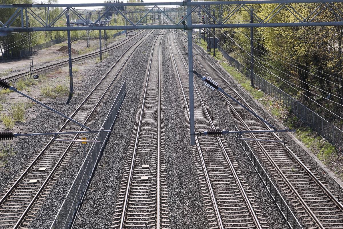 Ei vielä alle viiden tunnin junamatkaa – Helsinki–Oulu-väli on VR:lle haasteellinen   Yle ...
