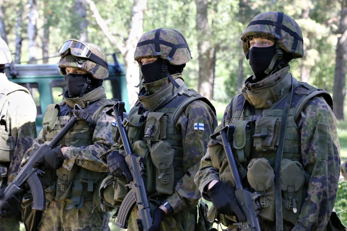Puolustusvoimien Uusi Maastopuku