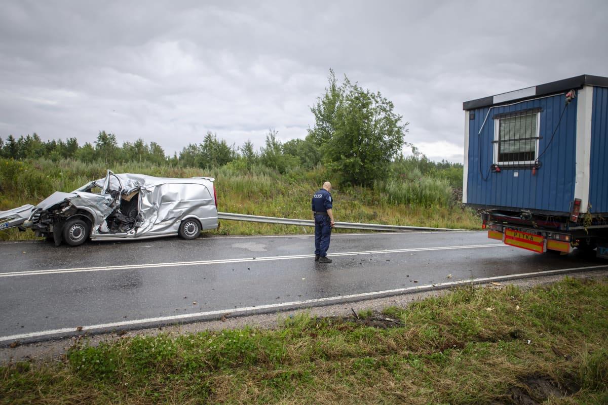 Liikenneonnettomuudet Eilen