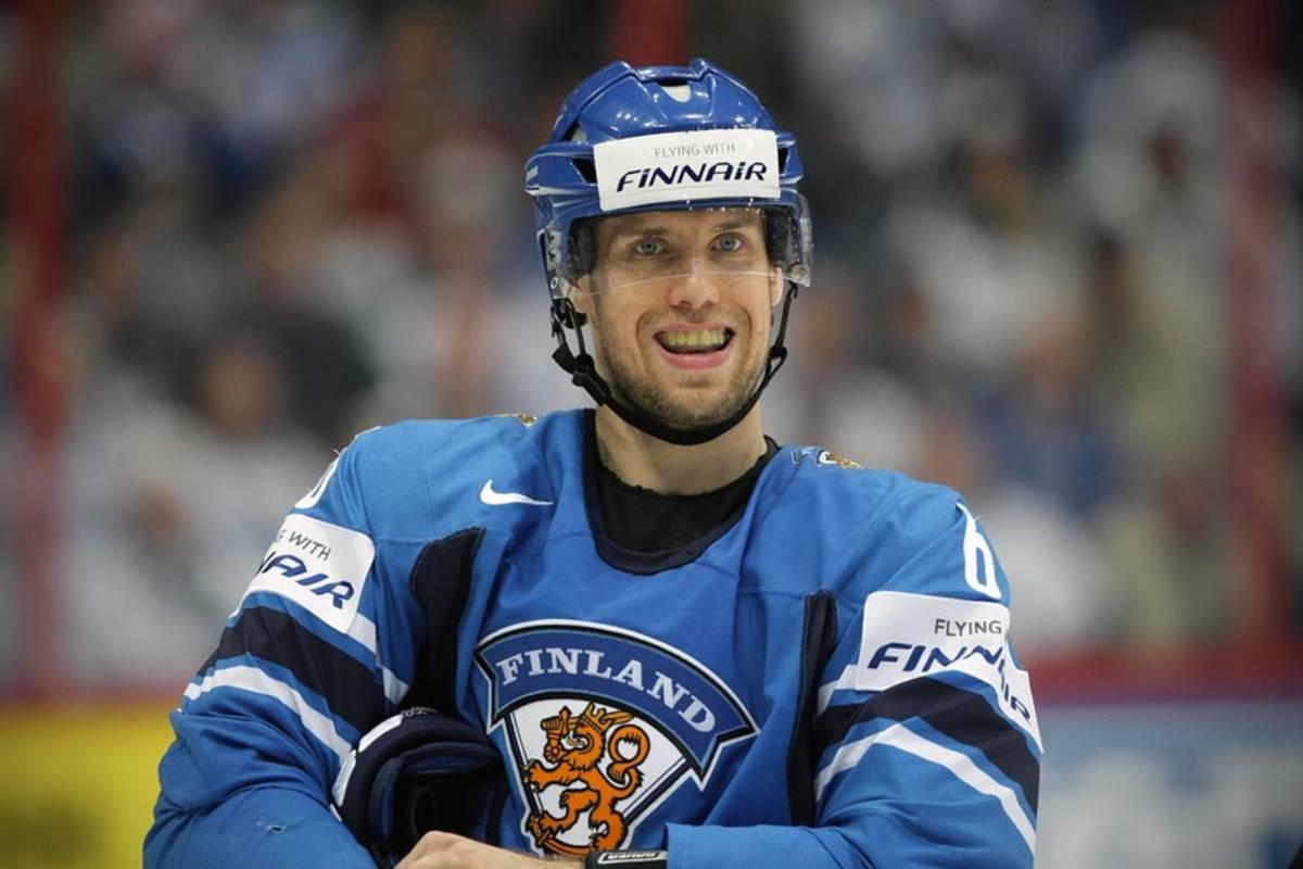 Jaakolan ja Lehterän maalit laiha lohtu KHL ssä  Yle