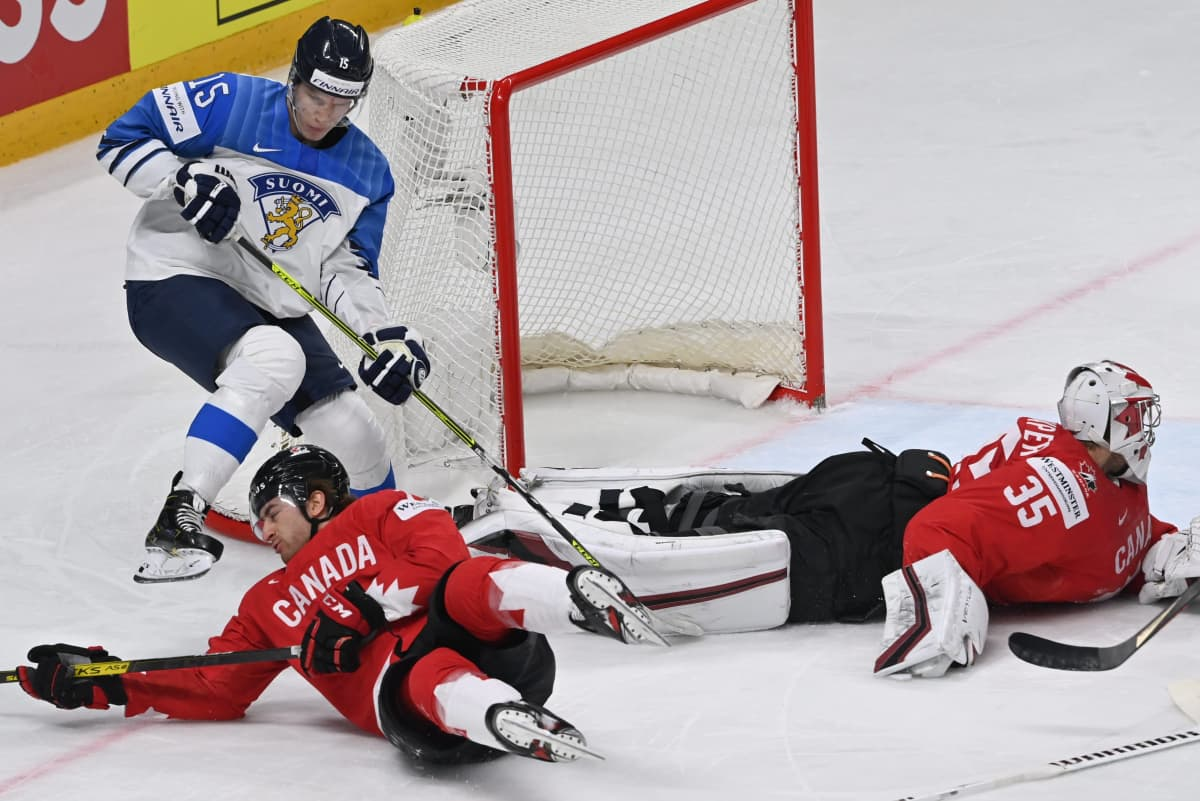 Anton Lundell, Leijonat vs Kanada
