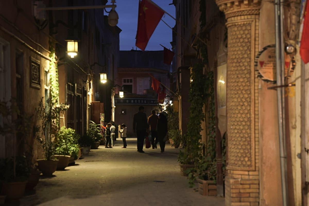 öinen katu kaupungissa