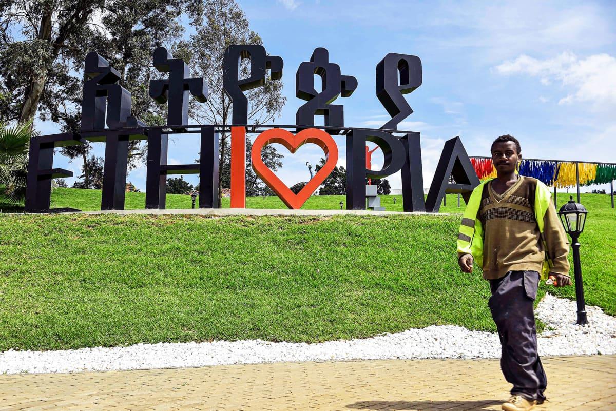 Abiy Ahmedin hallitus avasi entisen hallitsijoiden palatsin yleisölle Addis Abebassa.