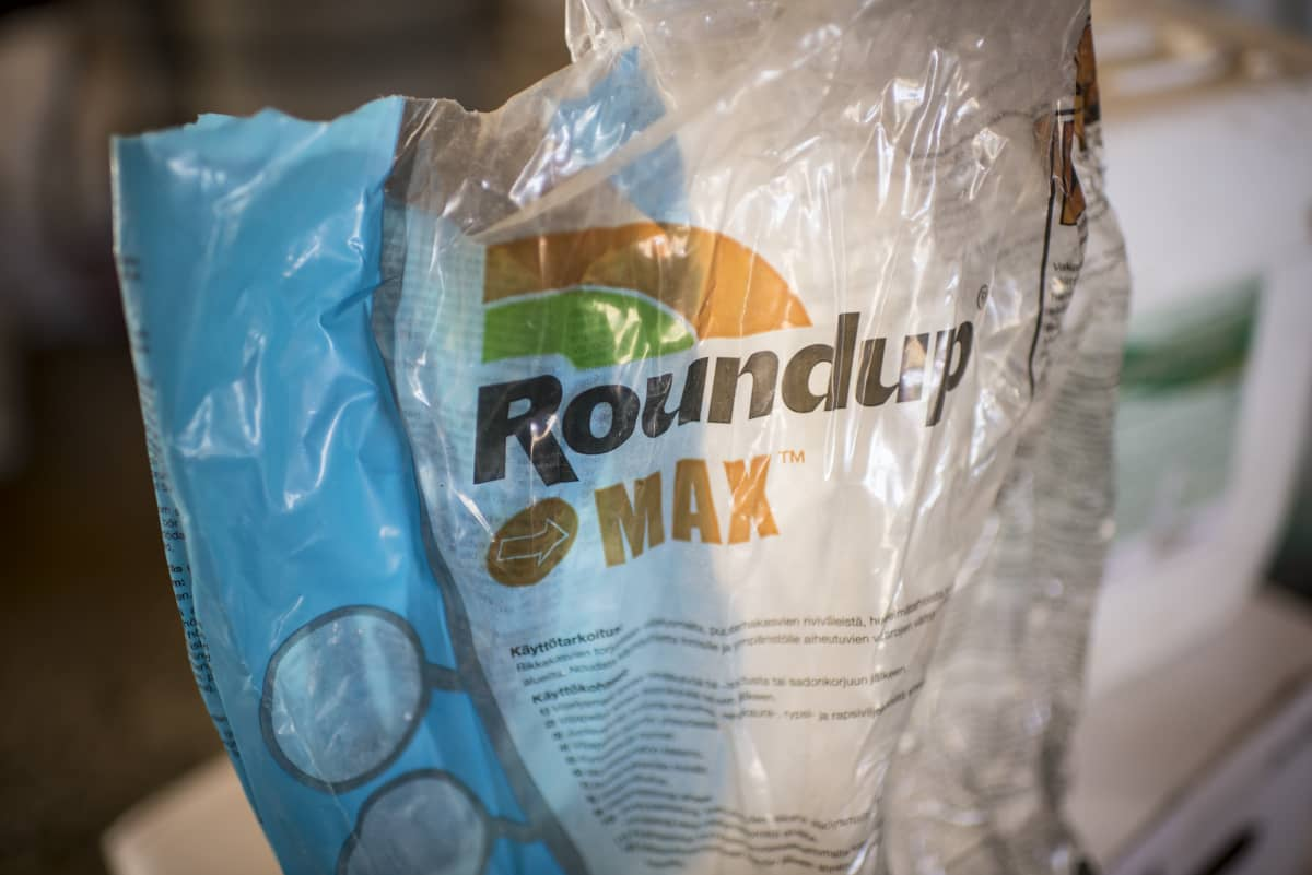 Roundup Max -kasvintorjunta-aine.
