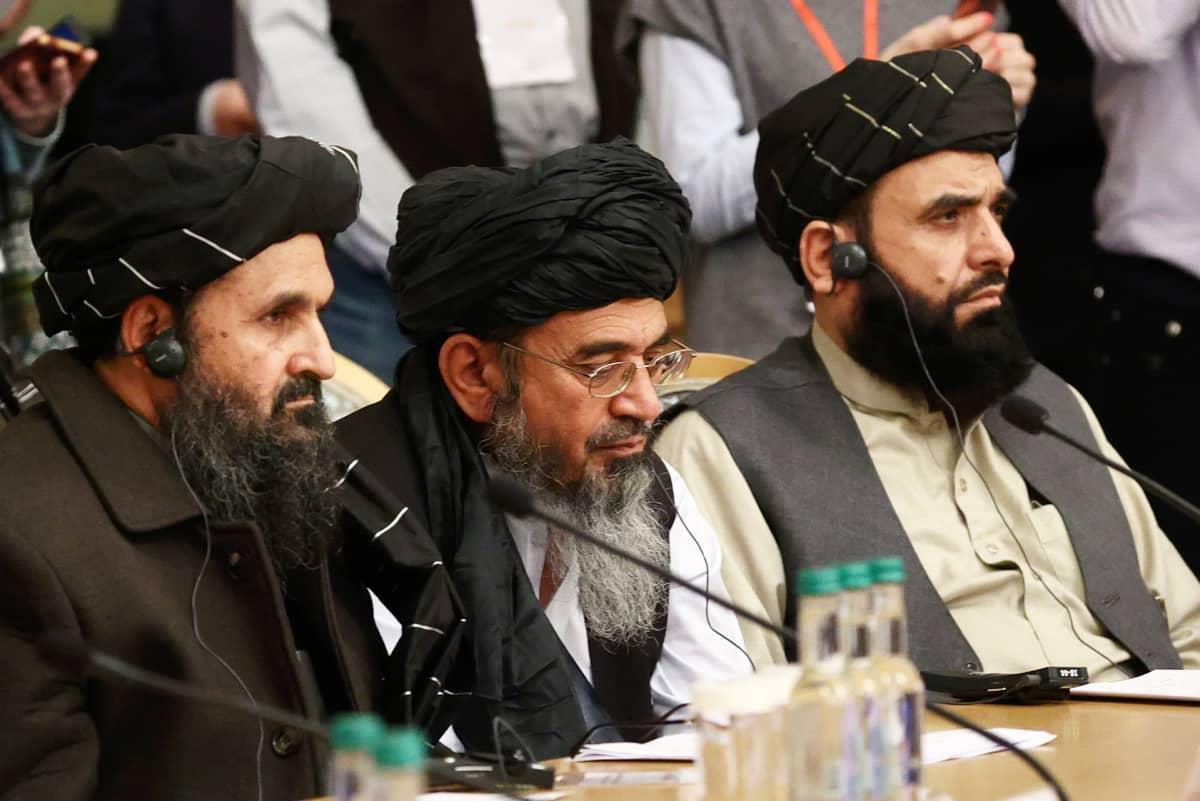 Mullah Abdul Ghani Baradar Afganistanin rauhanneuvotteluissa maaliskuussa 2021.