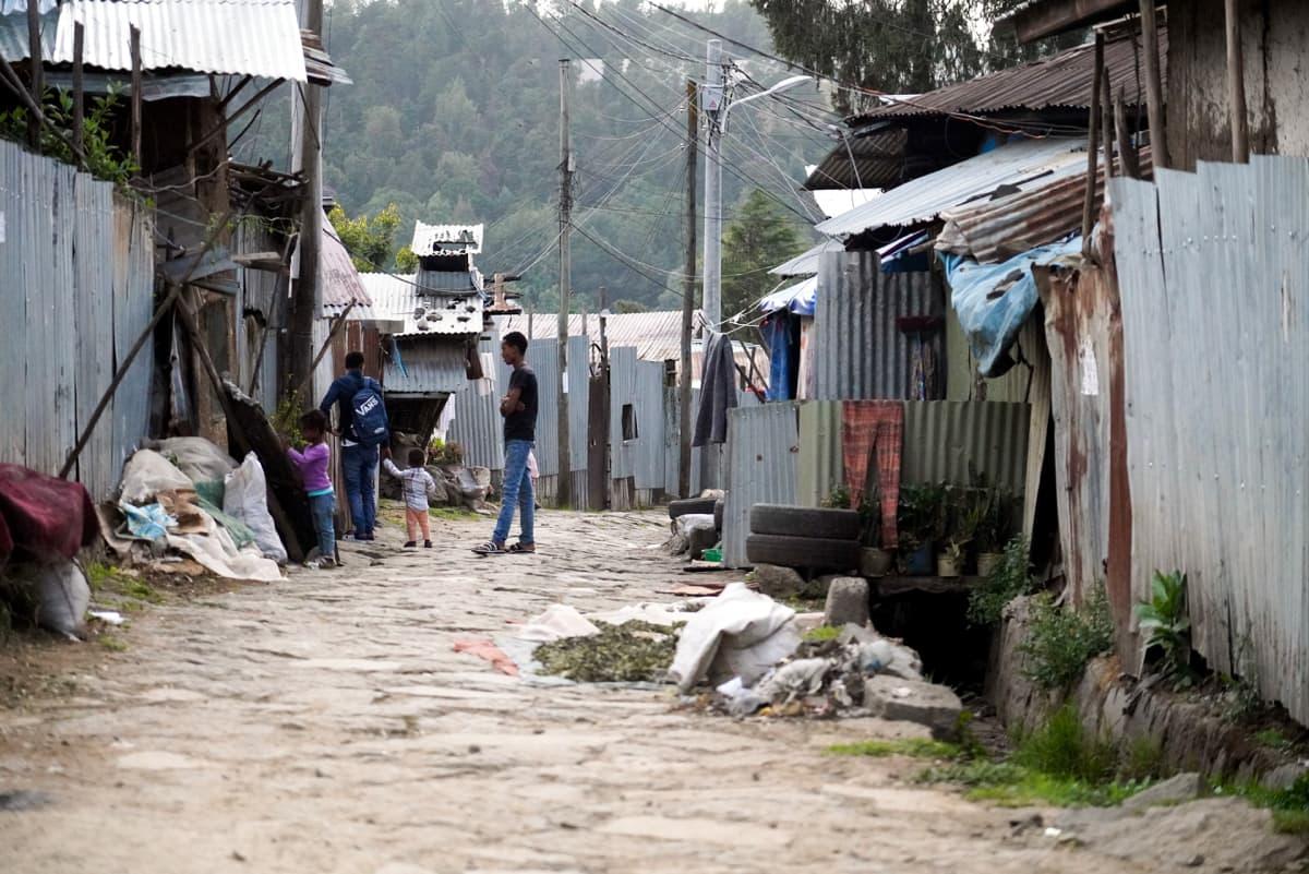 Eskinder Nega asuu köyhällä Intoton alueella Addis Abeban pohjoisosassa.