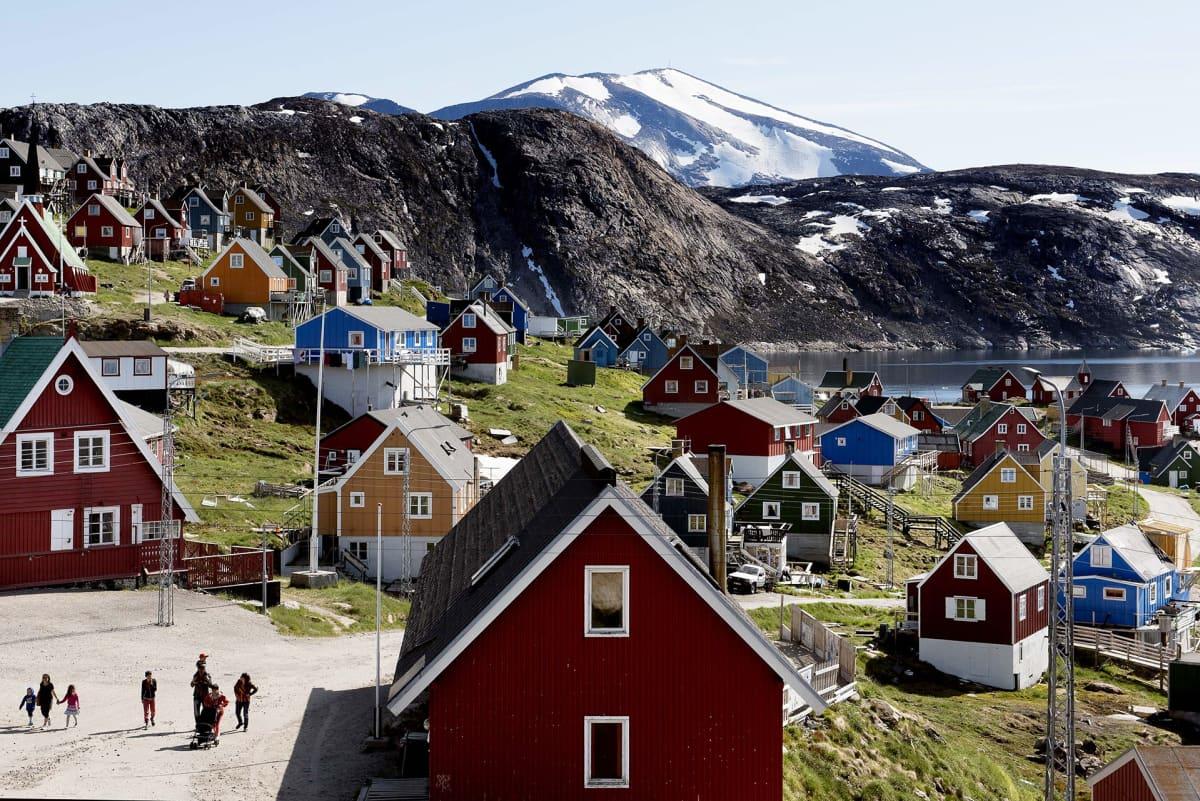 Upernavikin kylä Grönlannissa.