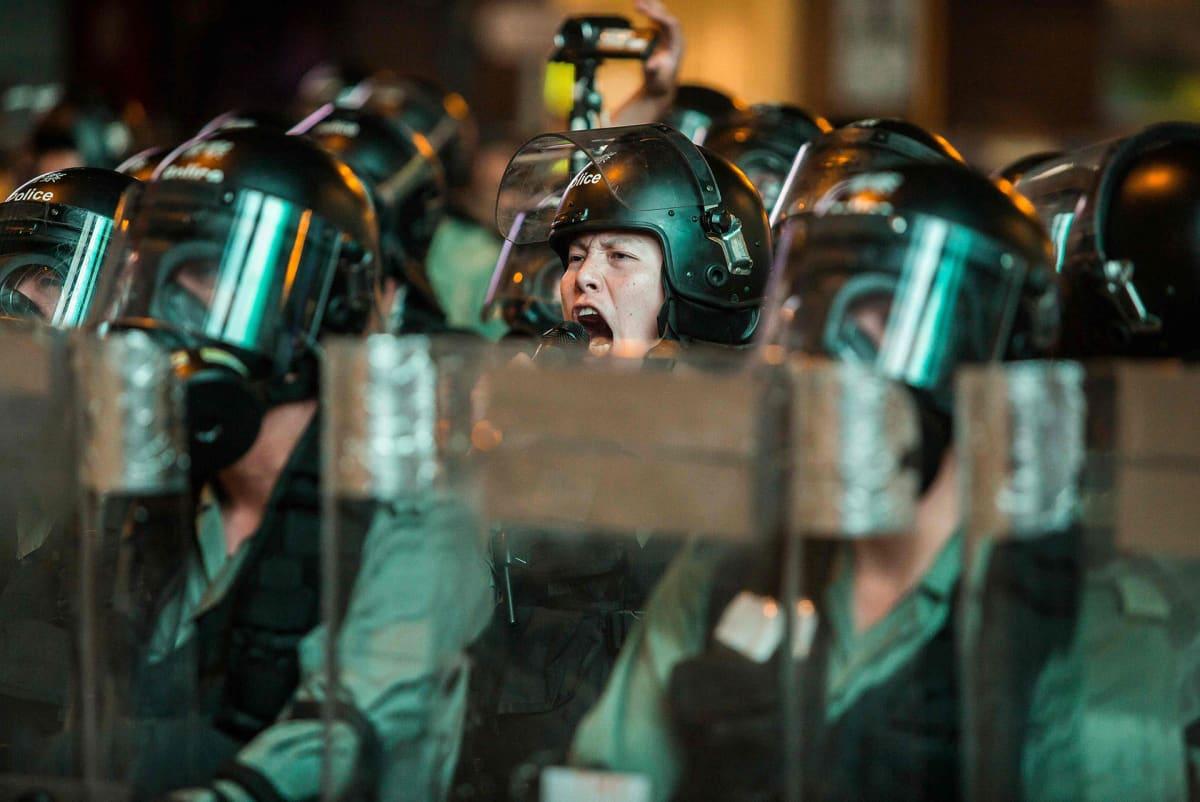 Mielenosoittajat ja poliisi ovat ottaneet päivän aikana yhteen useassa eri paikassa.