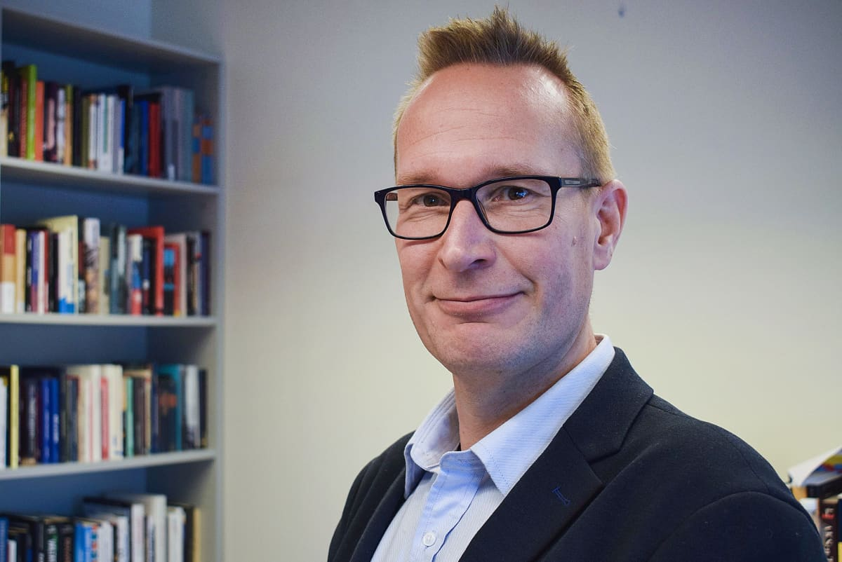 Kuvassa on Markku Jokisipilä.