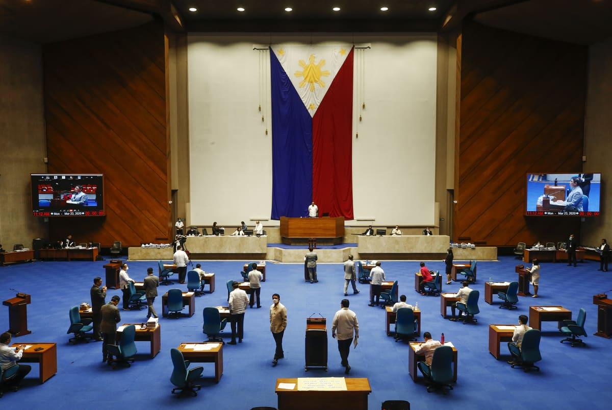 Filippiineillä yritetään noudattaa sosiaalisen etäisyyden strategiaa.