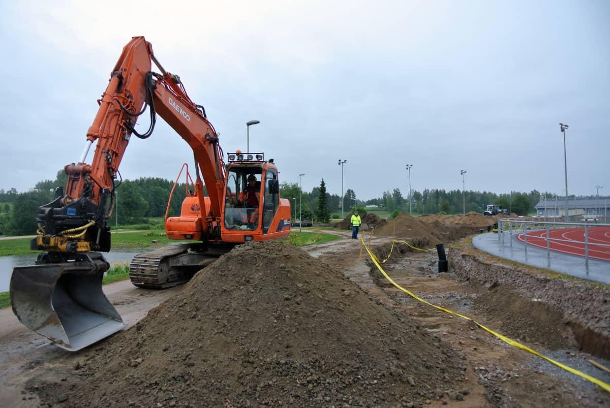 Tulvasuojelumuuri on kokonaisuudessaan valmis kesällä 2015.