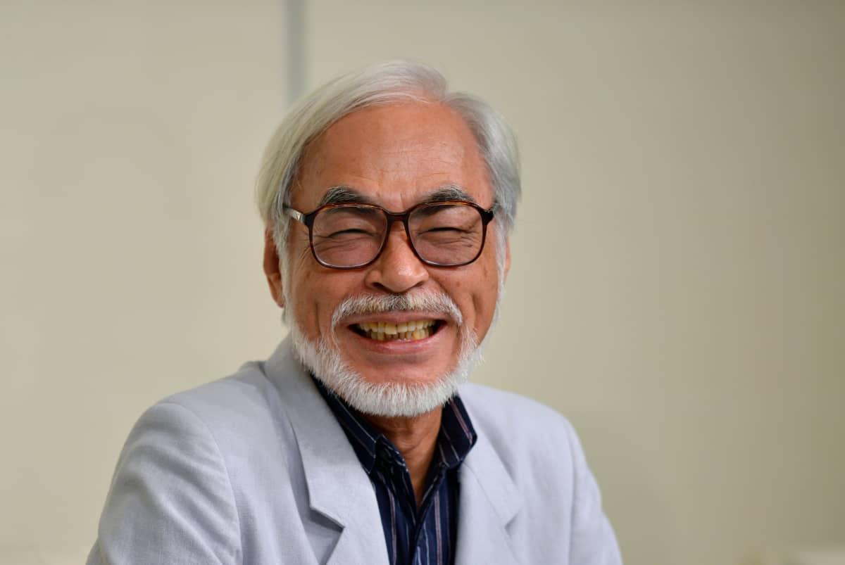 Hayao Miyazaki kertoi vuonna 2013 lehdistötilaisuudessa jäävänsä eläkkeelle pitkien elokuvien tekemisestä.