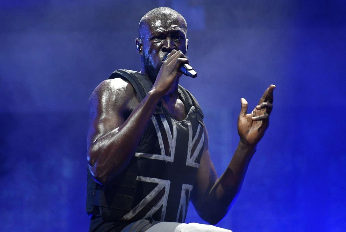 Brittiläinen rap-artisti Stormzy esiintyi 28.6.2019 Glastonburyn festivaaleilla Piltonissa.