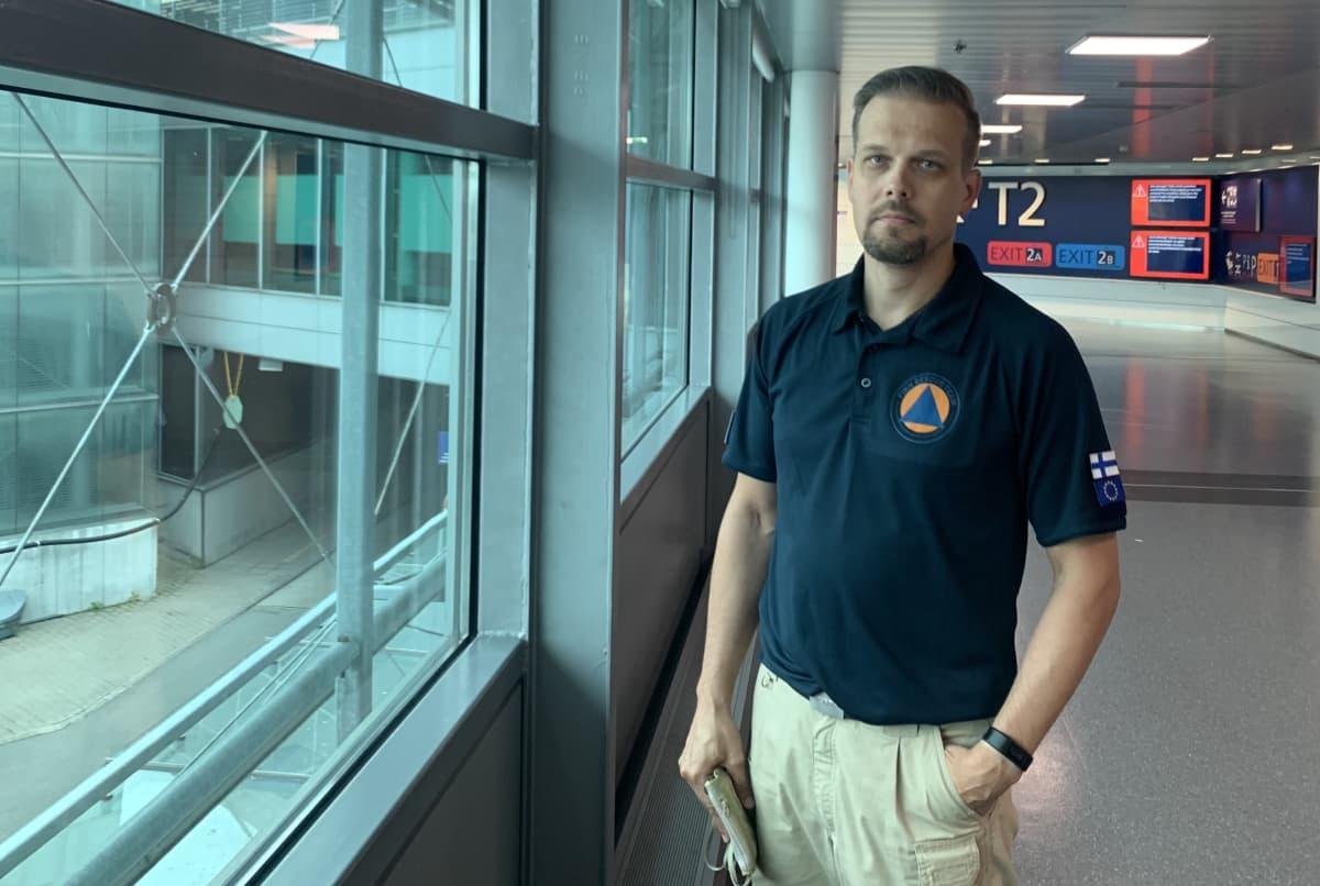 Tero Lähdesmäki on yksi suomalaisen asiantuntijaryhmän jäsenistä, joka työskentelee Beirutissa.