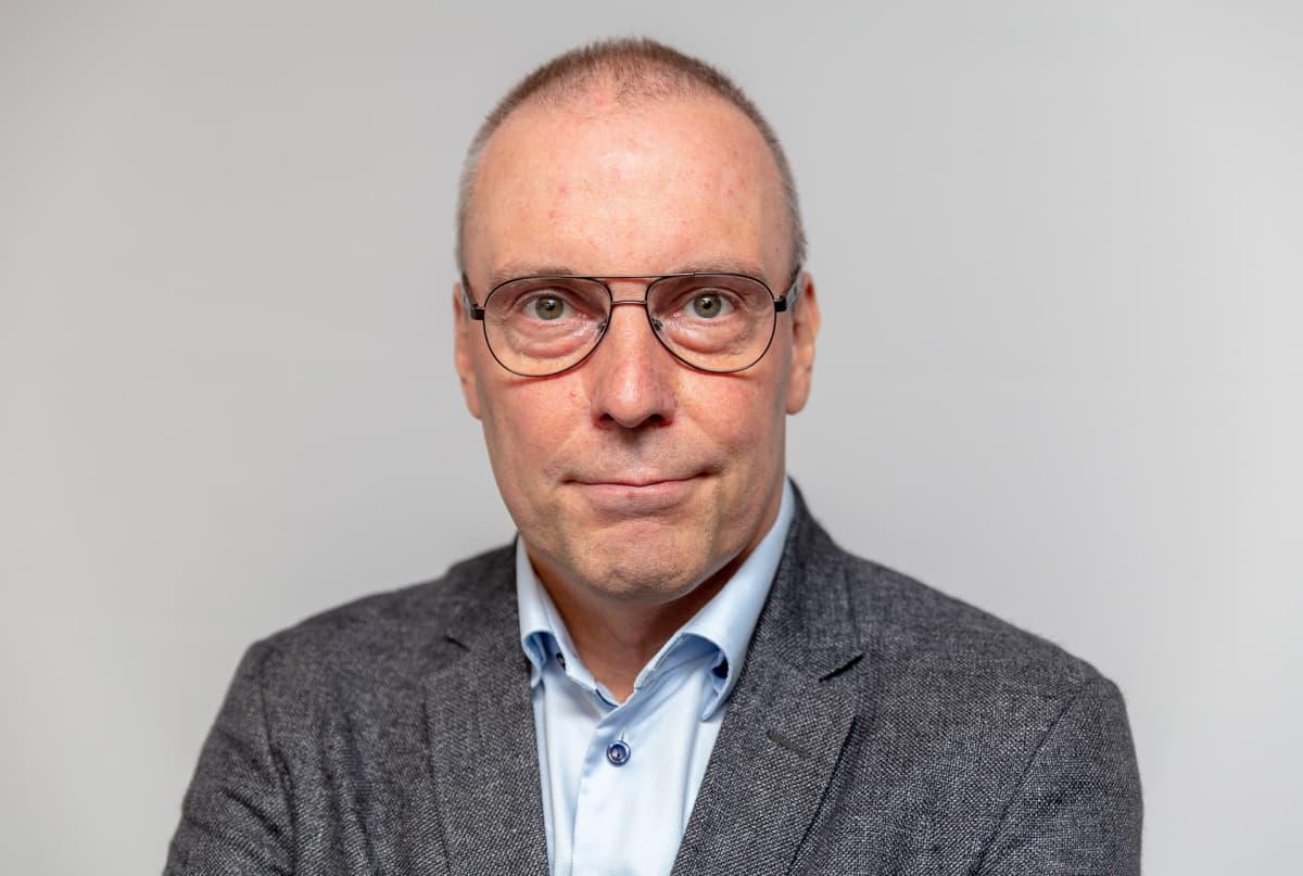 Dan Ekholm, Eurooppa-kirjeenvaihtaja