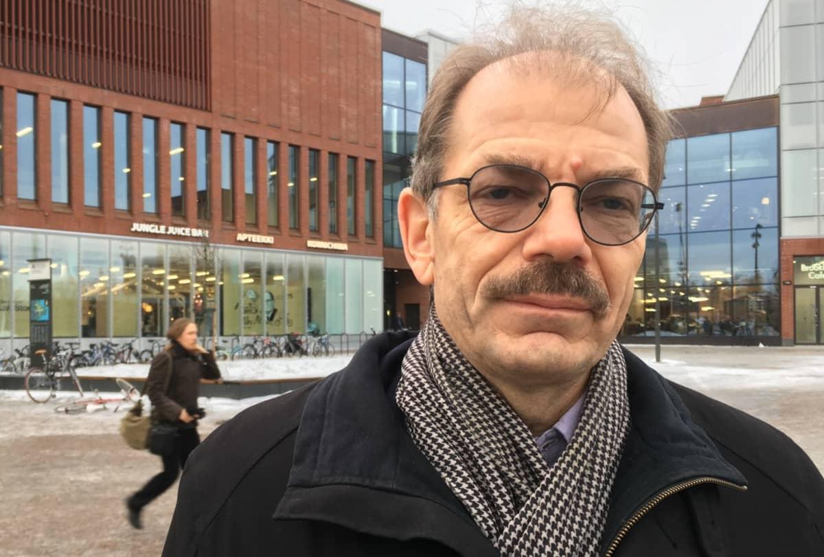 Lasse Mitronen.