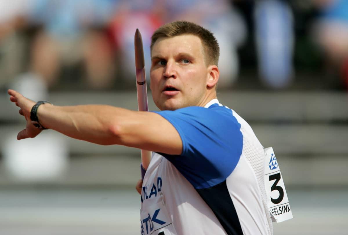Aki Parviainen päätti menestyksekkään kilpauransa vuoden 2005 Helsingin MM-kilpailuihin.