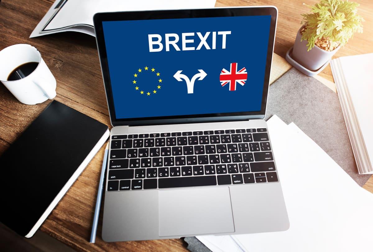 Tietokoneen ruudulla lukee Brexit.
