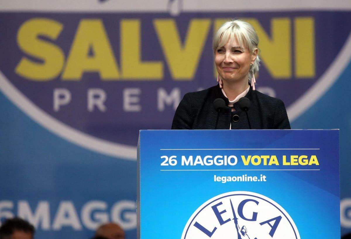 Laura Huhtasaari Pohjoisen liiton tilaisuudessa Italian Milanossa 18. toukokuuta 2019, muutamaa päivää ennen vuoden 2019 eurovaaleja