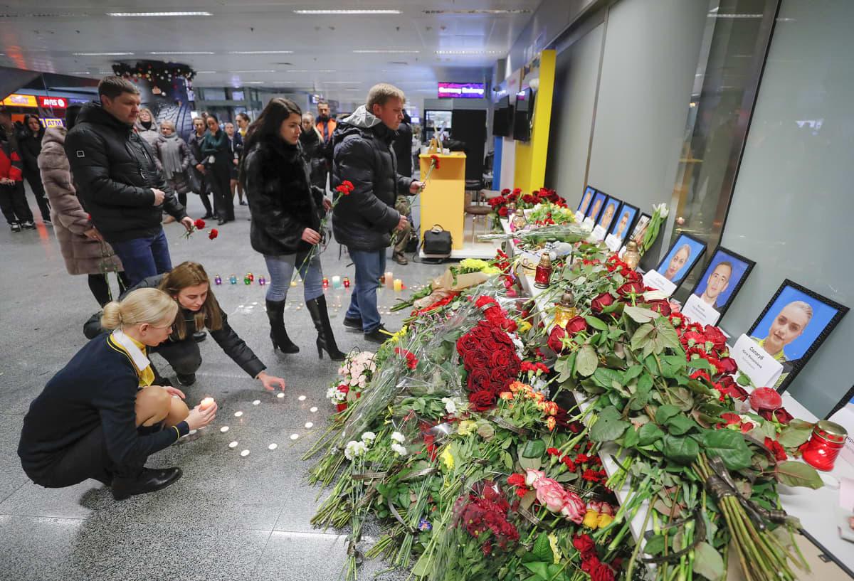 Muistopaikka Kiovan lentokentällä.