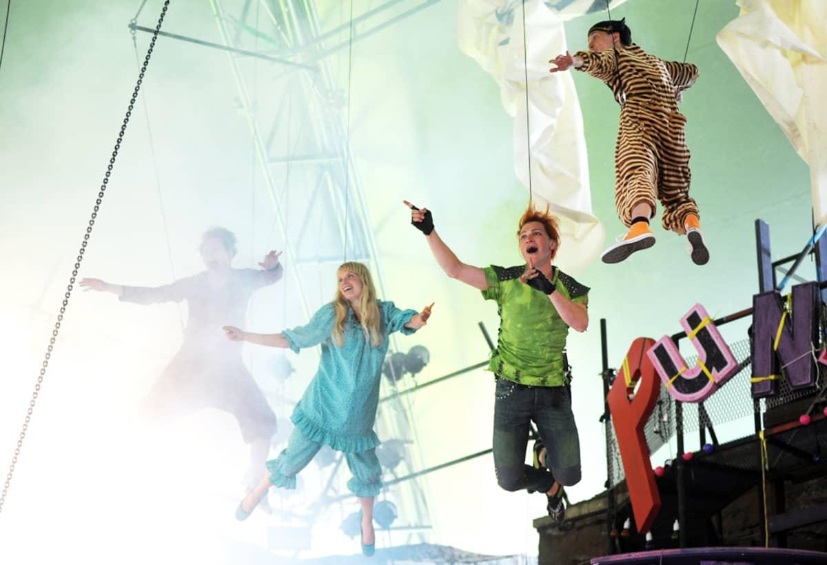 Peter Pan -näytelmän harjoitukset Suomenlinnassa.