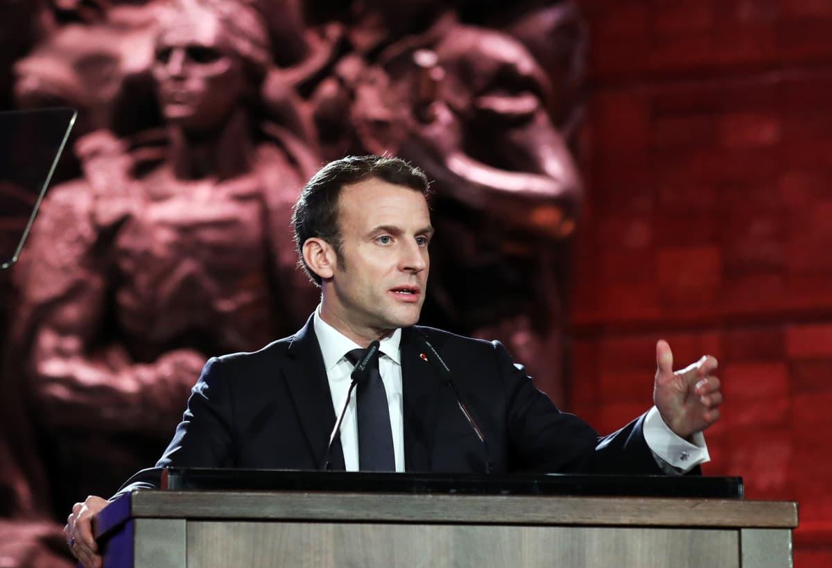 Ranskan presidentti Emmanuel Macron  puhuu holokaustin päättymisen juhlassa Jerusalemissa.