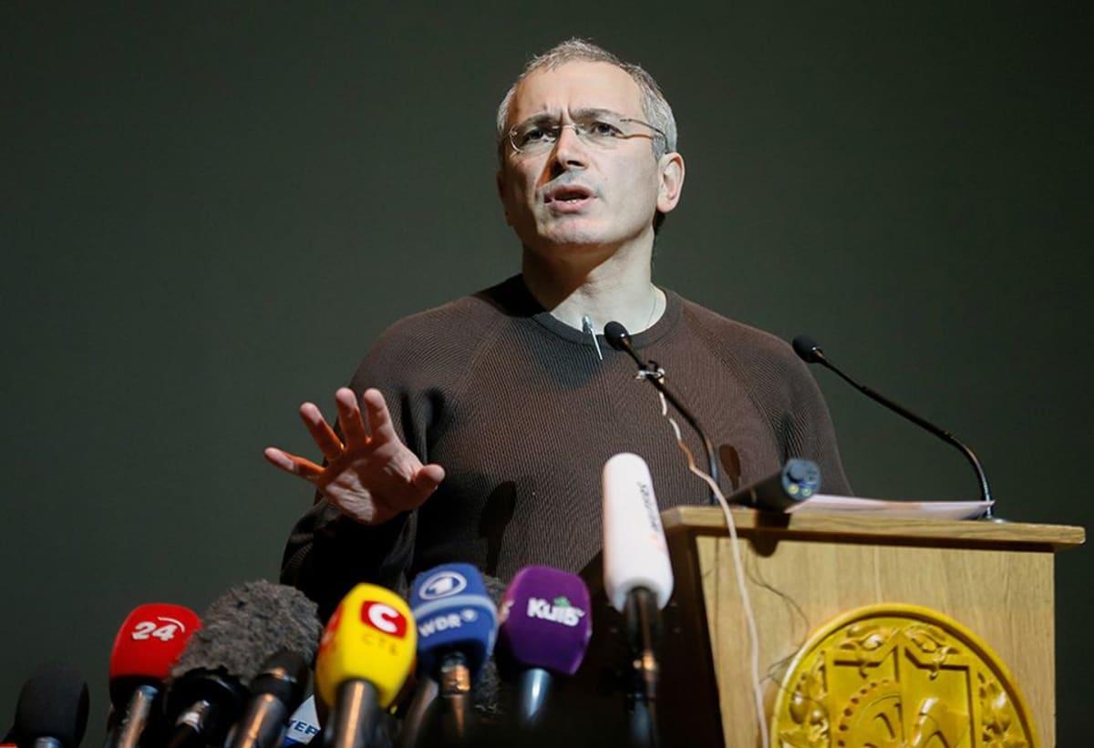 Jukosin entinen johtaja Mihail Hodorkovski maaliskuussa 2014 Kiovassa, Ukrainassa.