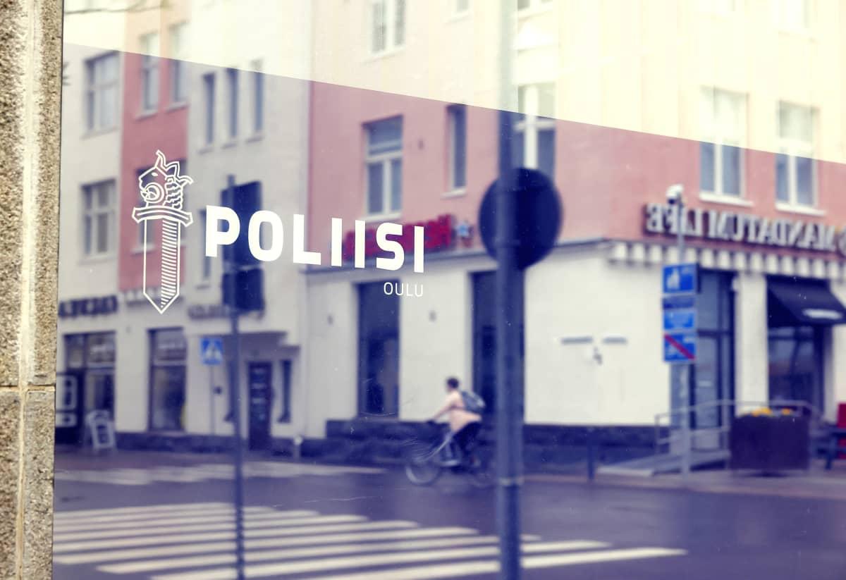 Oulun poliisilaitos.