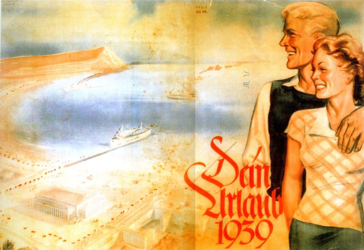 Vanha mainoskuva, jossa mies ja nainen hymyilevät, taustalla ranta.