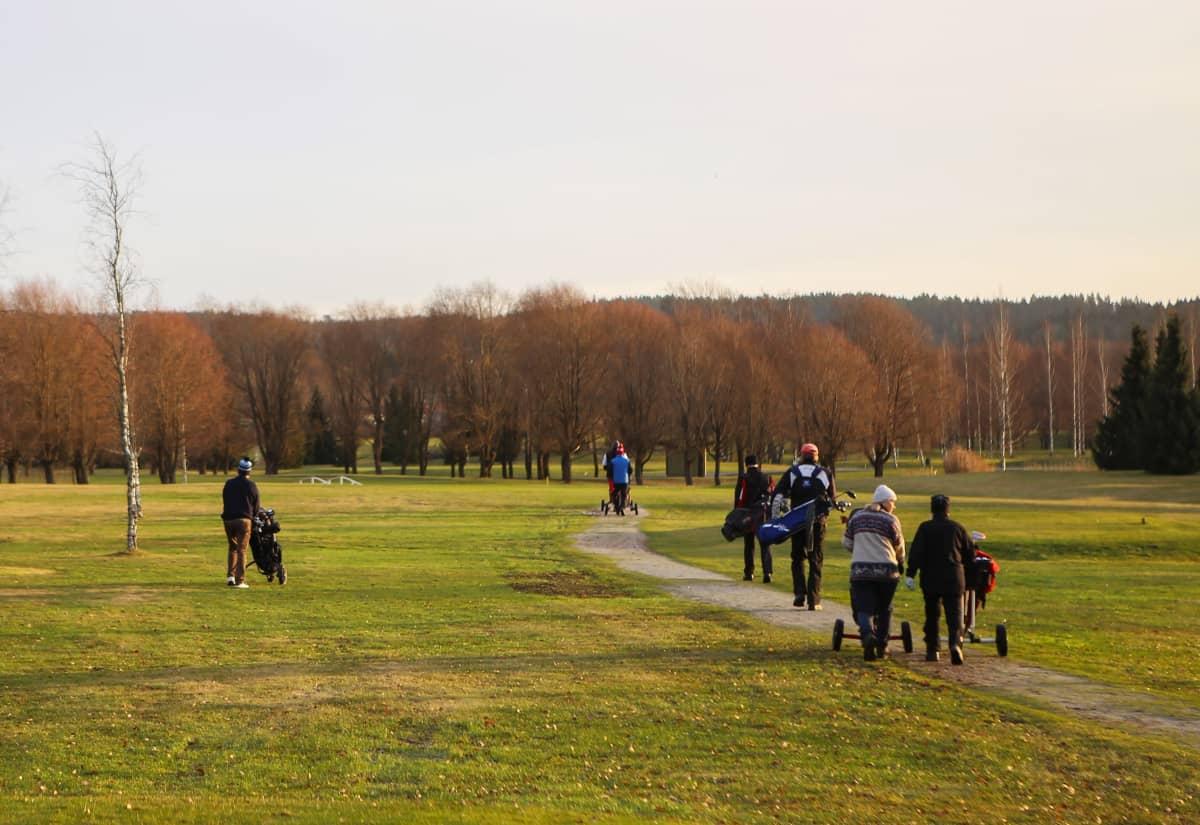 Pelaajia Salon Golfkentällä tammikuussa 2020.
