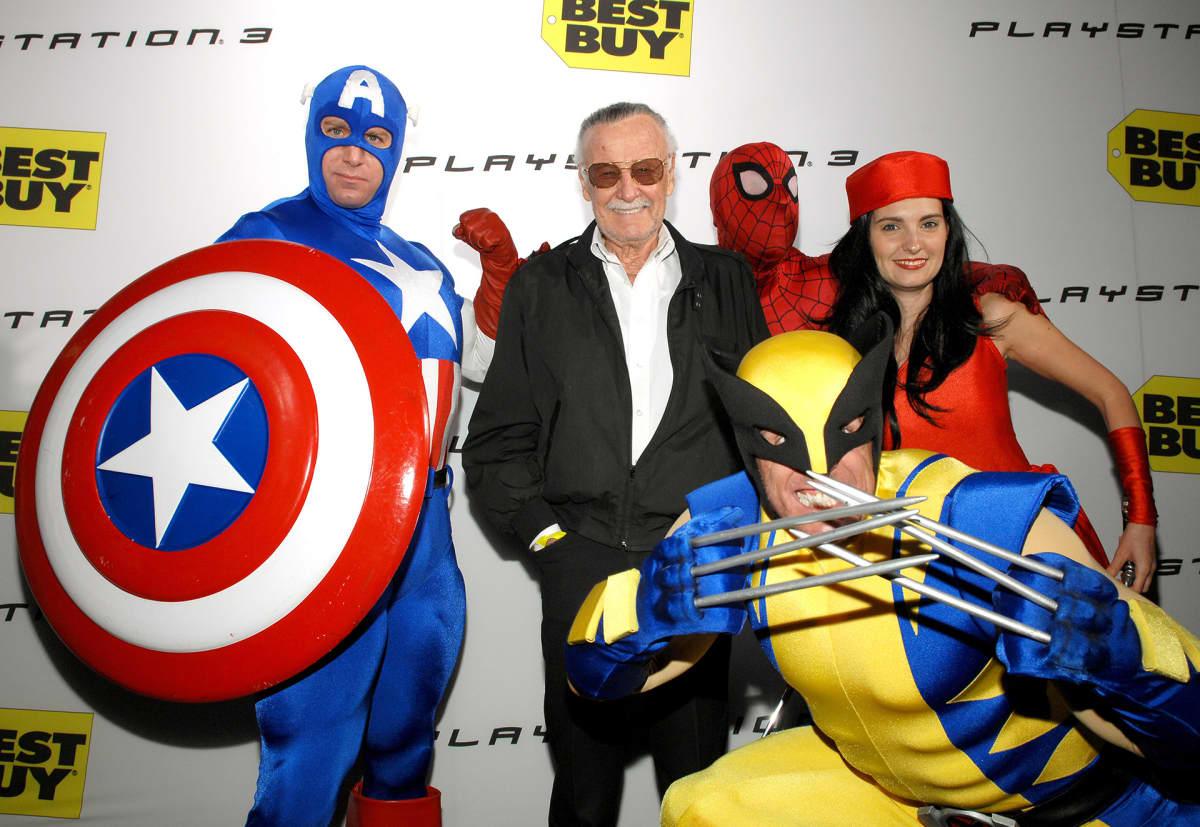 Stan Lee ja sarjakuvasankareita