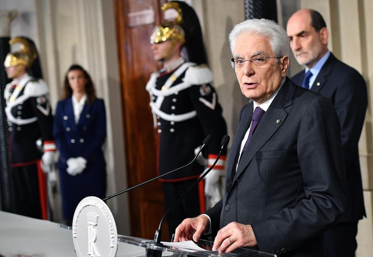 Italian presidentti Sergio Mattarella kertoi hallitusneuvotteluiden kariutumisesta.