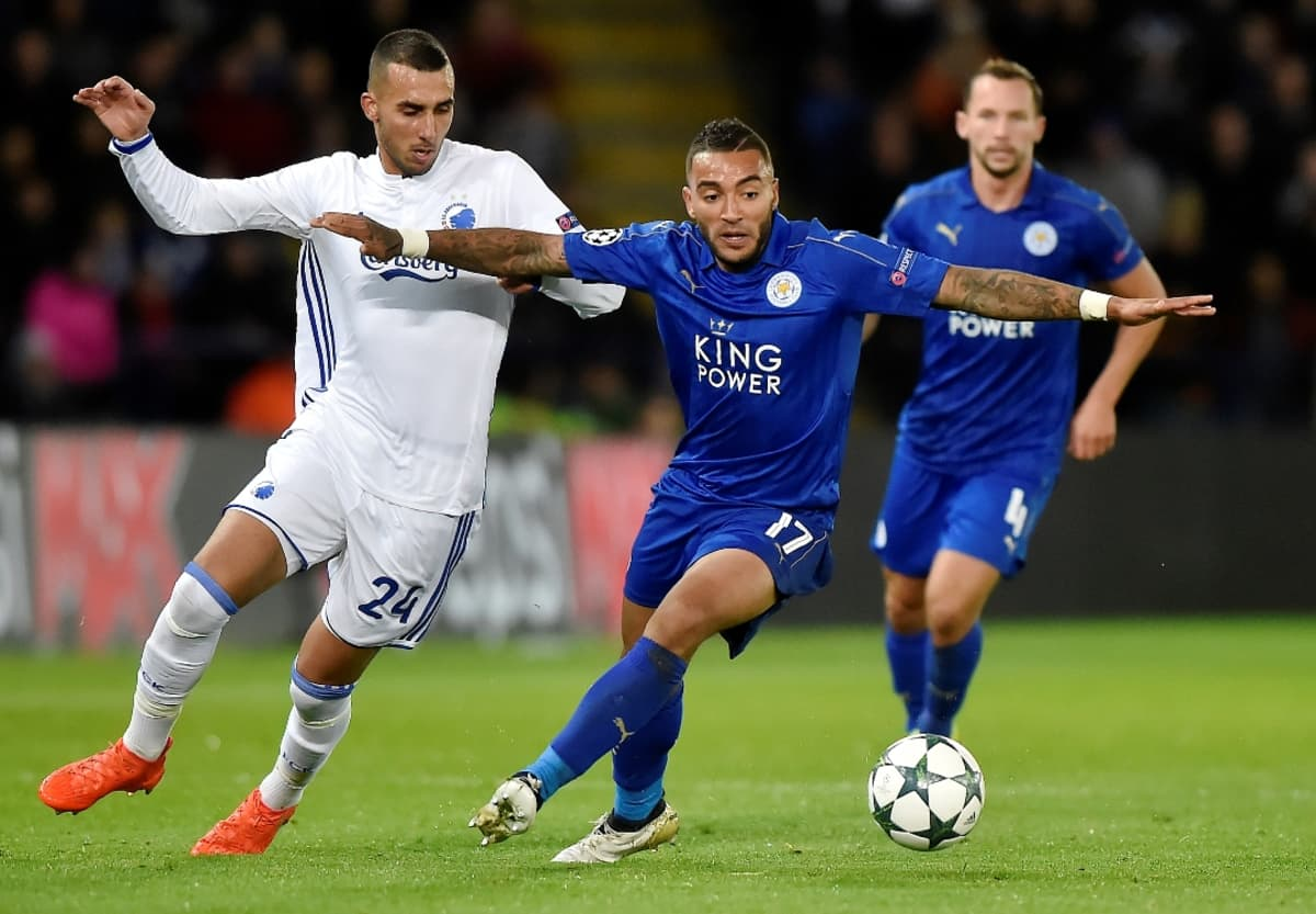 FC Kööpenhaminan Youssef Toutouh ja Leicesterin Danny Simpson Mestarien liigan ottelussa.