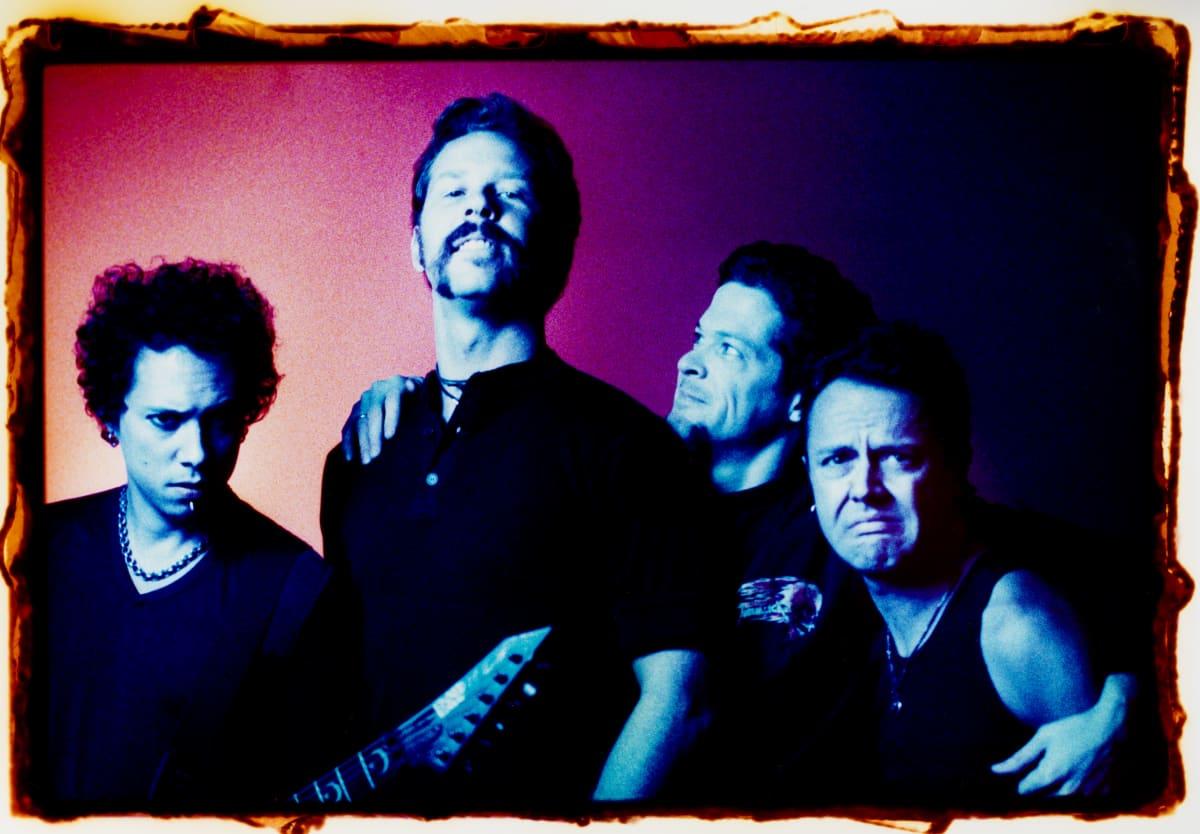 Metallica ryhmäkuvassa 1996.