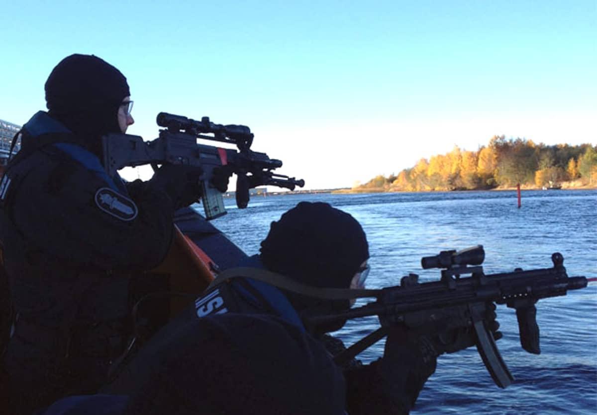 Oulun poliisin vaativien tilanteiden erikoisjoukot kuuluvat maailman eliittiin.